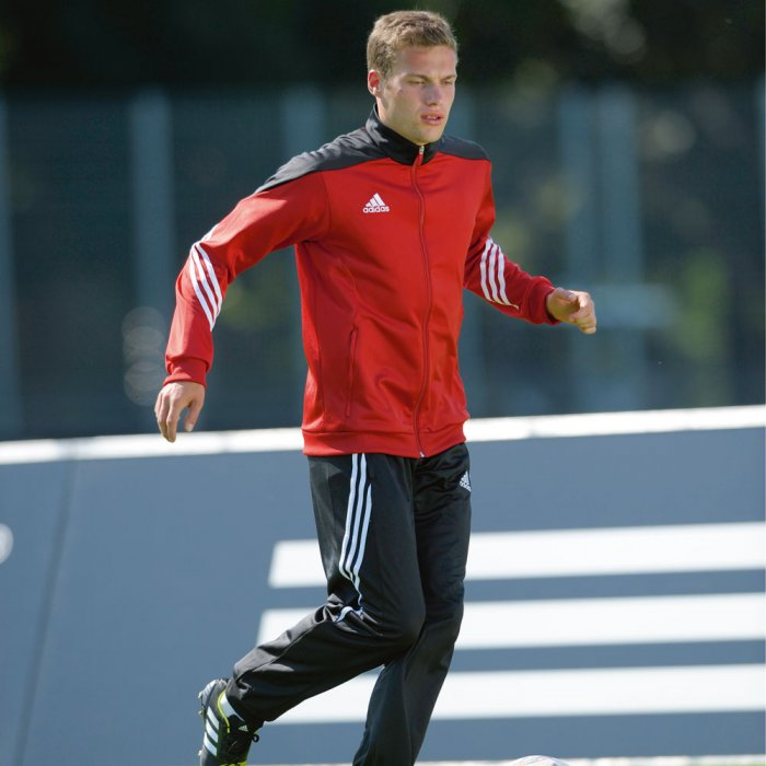 Adidas Trainingsanzug der Sereno 14 Linie