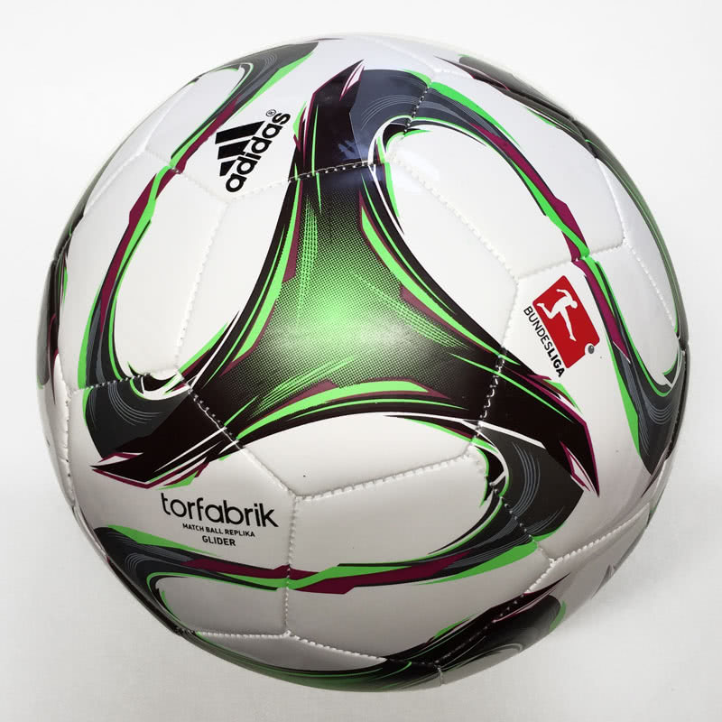 Adidas Torfabrik Glider 2015 Ball