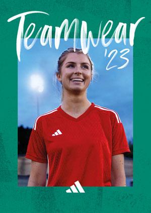 Der Adidas Fußball Teamsport Katalog als PDF Download mit Trikot Hose Stutzen
