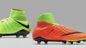 günstige Fußballschuhe mit Socken von Adidas und Nike