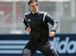 Der Adidas Condivo 14 Polyesteranzug sowie Trainingsanzug für den Teamsport