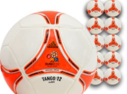 Im Sport Shop gibt es das Adidas Tango 12 Glider EM 2012 Ballpaket zu kaufen