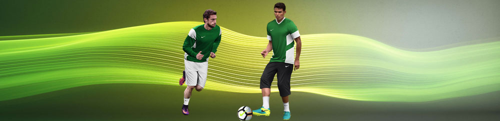 Die Nike Academy 14 Teamline Sportbekleidung f�r Verein