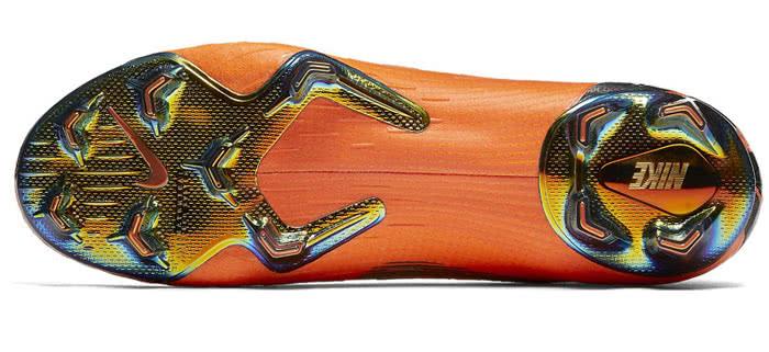 Nike Fußballschuhe für Rasen + Kunstrasen! Die MG Sohle!