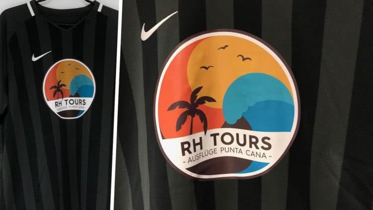 Die Firmen T-Shirts von RH Tours mit große Logo Druck