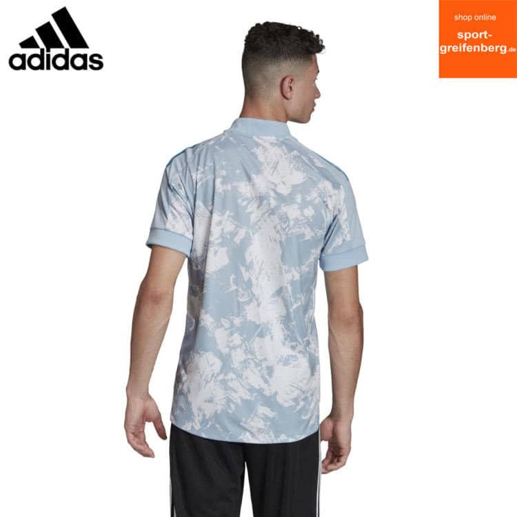 Das adidas Primeblue Jersey mit freier Fläche für eine Bedruckung