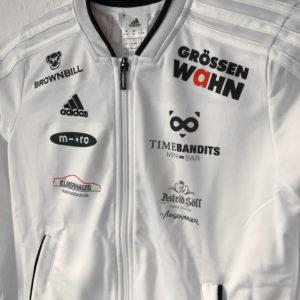 Die adidas Trainingsjacke mit vielen Sponsoren und einem Sublimationsdruck