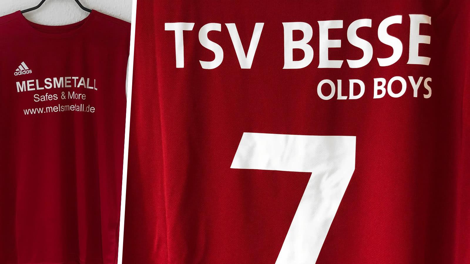 die adidas Trikots für die alten Herren mit Vereinsname und Nummer
