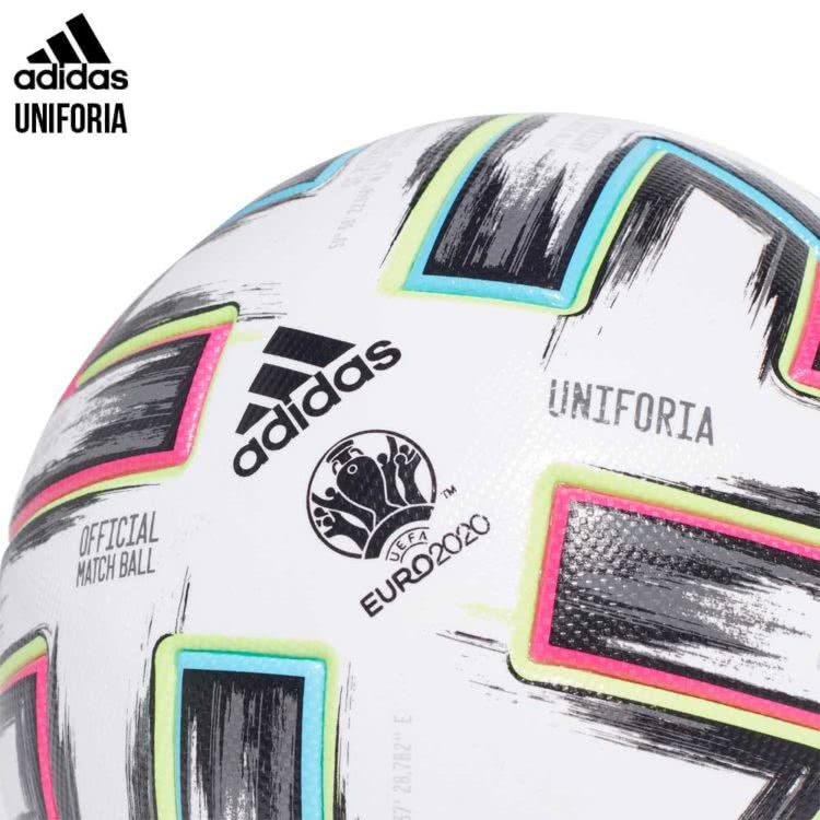 Mit dem adidas Uniforia Pro gibt es den Spielball