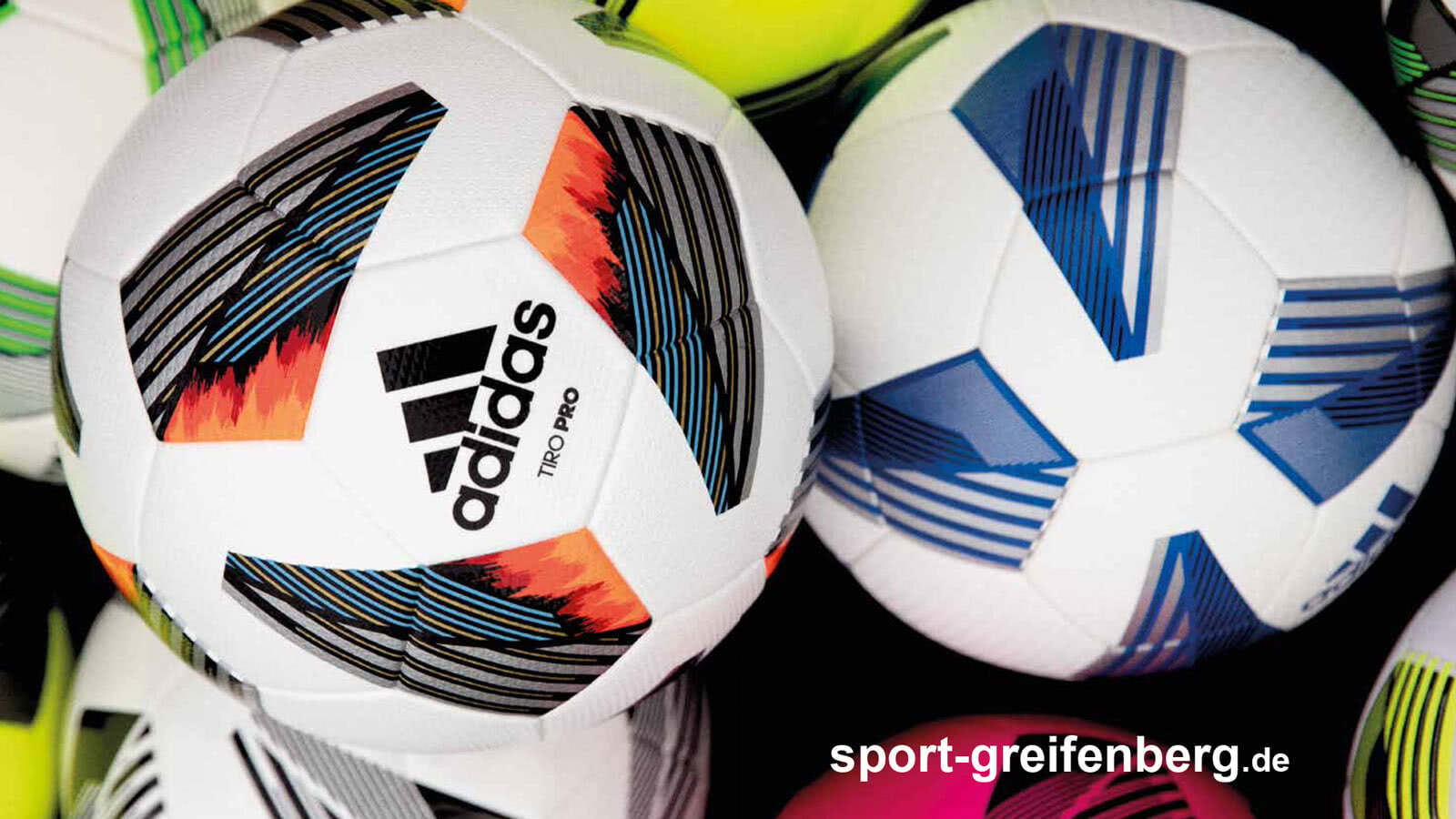 Die adidas Fußbälle für 2020/2021 im Teamsport Katalog