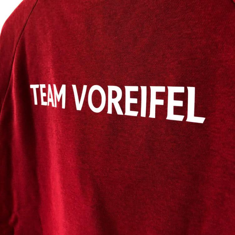 Das Club Sweatshirt mit Teamnamen als Plastisoldruck