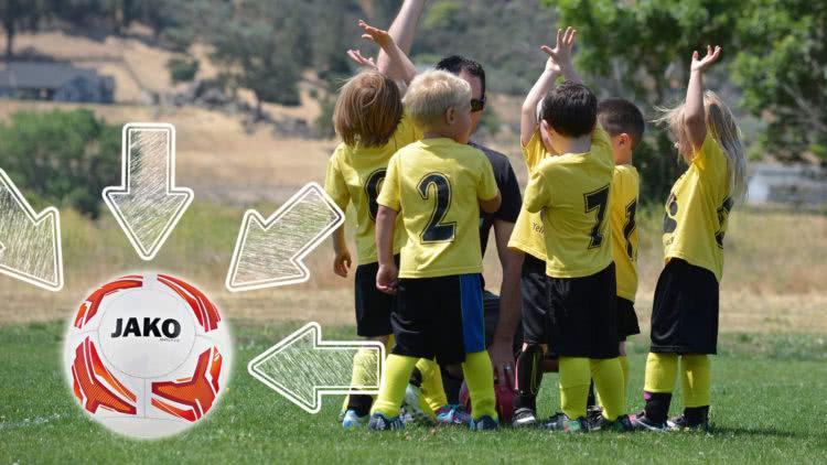 Die Die Kleinfeld Fußball Größe und das Gewicht für Kinderfußbälle
