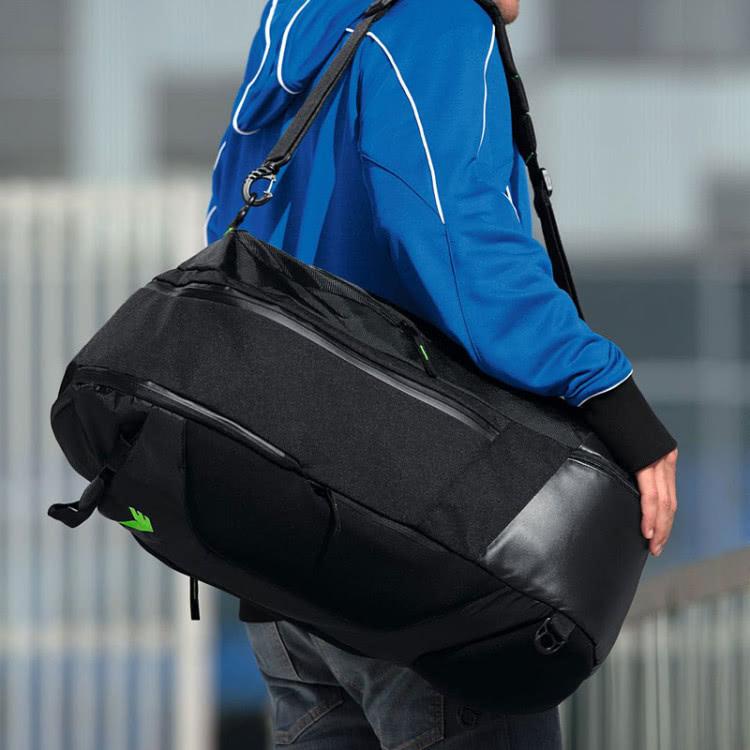 Allgemeine Sporttasche mit Seitenfach