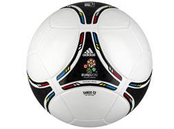 Der Adidas Tango 12 EM 2012 Top Replqiue Ball der Euro 2012
