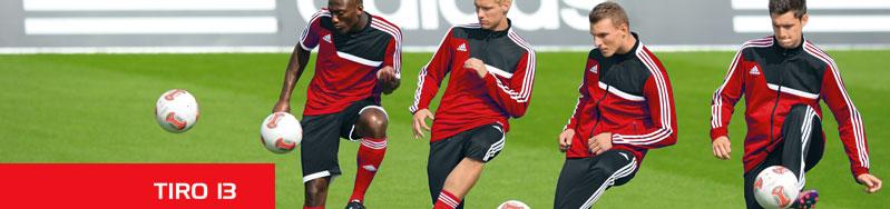 Die Adidas Tiro 13 Sportbekleidung für Vereine mit Trainingsanzügen und T-Shirt