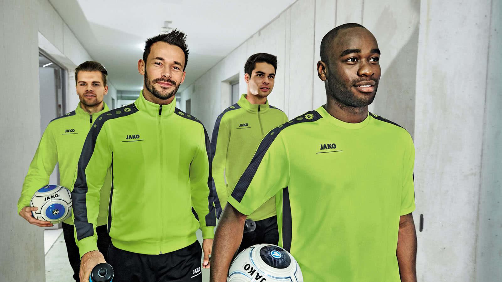 33de08bdb0c085 Jako Striker Teamline Sportbekleidung für alle Sportarten