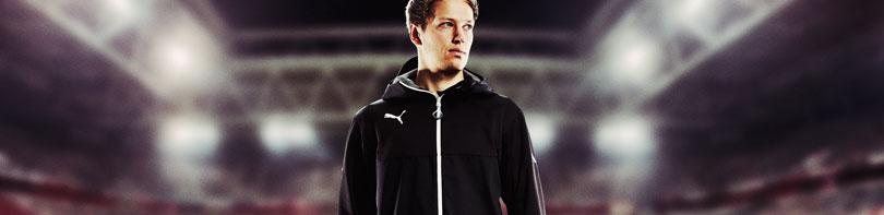 Puma Essentials Pro Sportbekleidung mit Trainingshosen und Sportartikeln