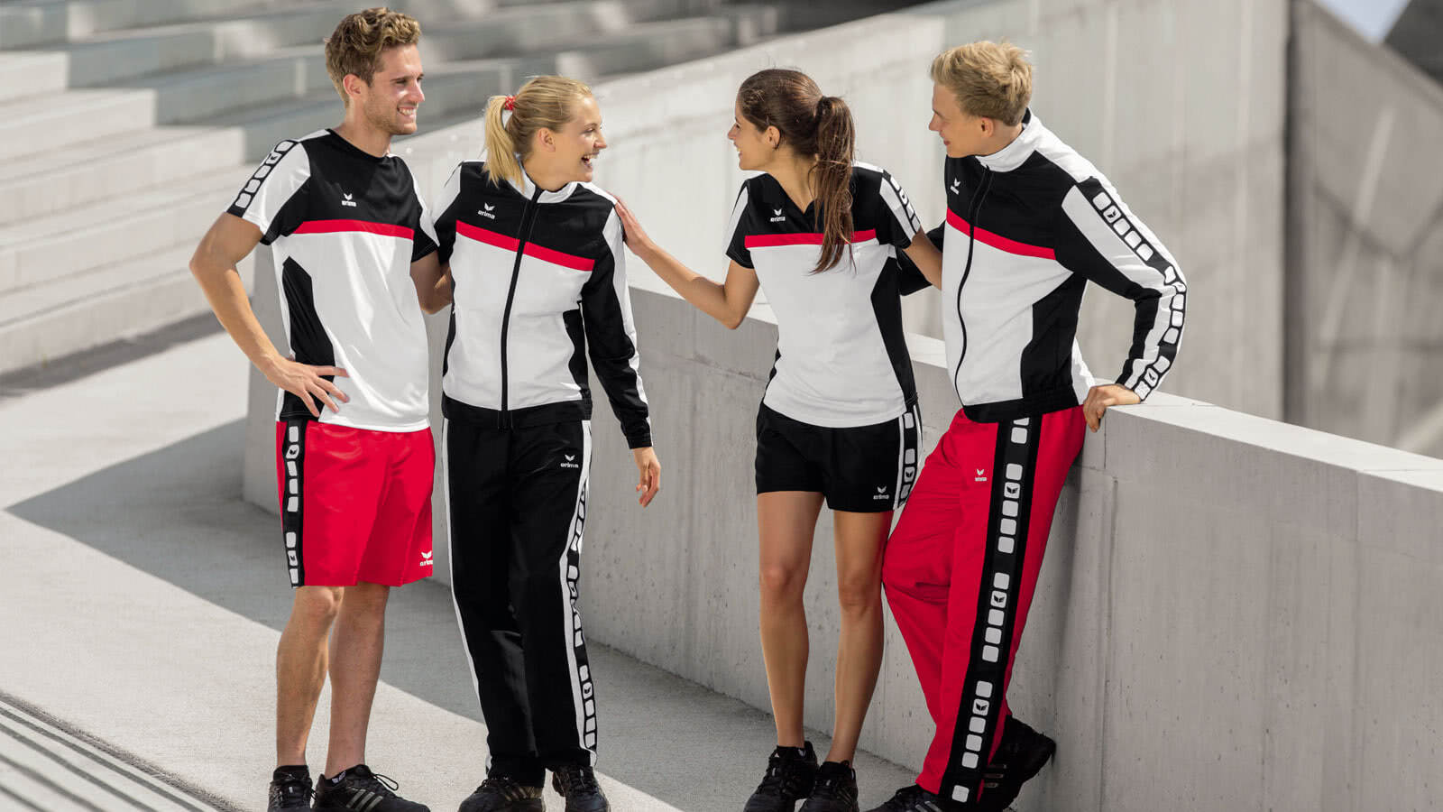 Die Erima 5-Cubes Teamline jetzt als Sportbekleidung für den Verein oder die Mannschaft kaufen
