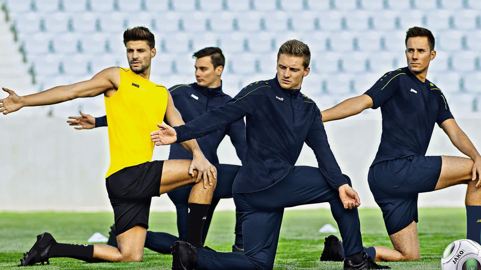 Die Jako Classico Sportbekleidung mit Trainingsanzüge oder Short für dich und dein Team bis 2021