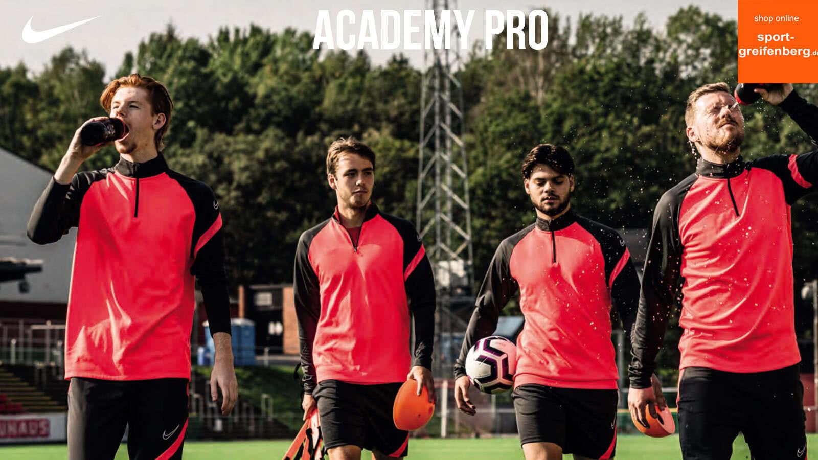 Nike Academy Pro Teamline